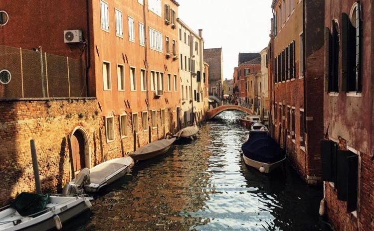 Thành ph? Venice, vùng Veneto, m?t trong nh?ng tam d?ch t?i Italy, th?a th?t khách du l?ch ngày 10/3. ?nh: Nguy?n Hà Thu.