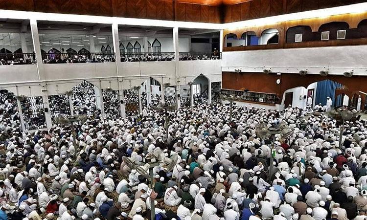 Các tín đồ tập trung tại nhà thờ Sri Petaling, ngoại ôKuala Lumpur, Malaysia cuối tháng trước. Ảnh: Buletin TTKM.