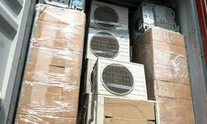 Container chứa hơn 300 thiết bị điện tử cũ