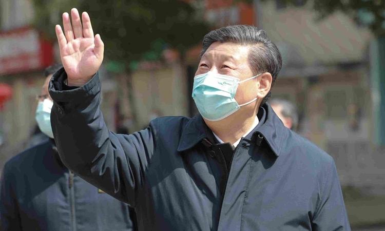 Chủ tịch Trung Quốc Tập Cận Bình thăm Vũ Hán ngày 10/3. Ảnh: NYTimes.