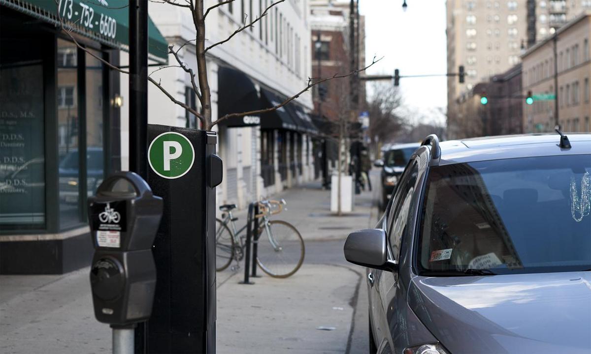 Một điểm đỗ xe tính tiền ở Chicago. Ảnh: John Lodder/Flickr