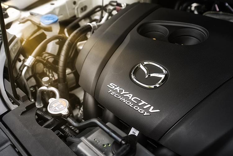 Động cơ SkyActiv-G 2.5 trên Mazda CX-8.
