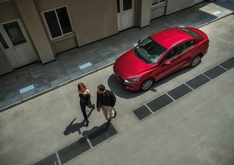 Phiên bản Mazda2 2020 được nâng cấp nhiều tính năng hỗ trợ người lái.
