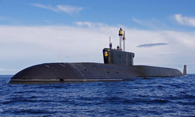 Tàu ngầm Alexander Nevsky tuần tra trên biển năm 2016. Ảnh: Bộ Quốc phòng Nga.
