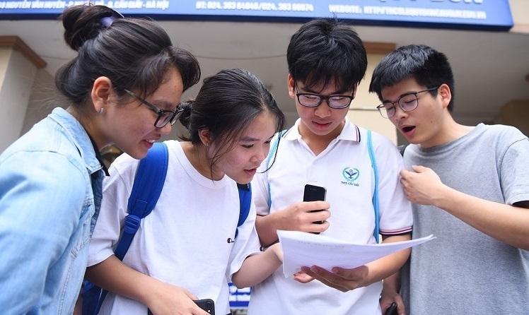 Thí sinh thi vào lớp 10 ở Hà Nội năm 2019. Ảnh: Giang Huy.