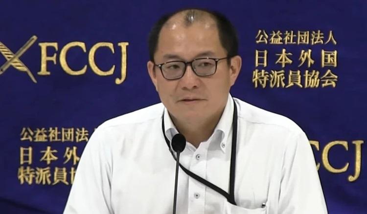 Hiroshi Nishiura, nhà dịch tễ học tại Đại học Hokkaido. Ảnh: YouTube.