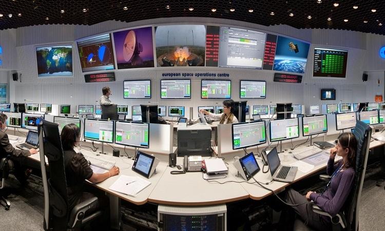 Phòng điều khiển chính của ESA. Ảnh: Sci Tech Daily.