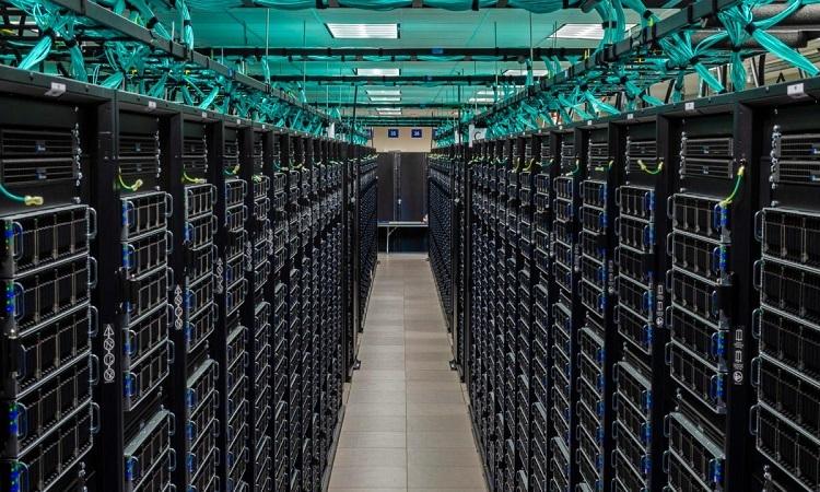 Siêu máy tính Frontera ở TACC. Ảnh: Sci Tech Daily.