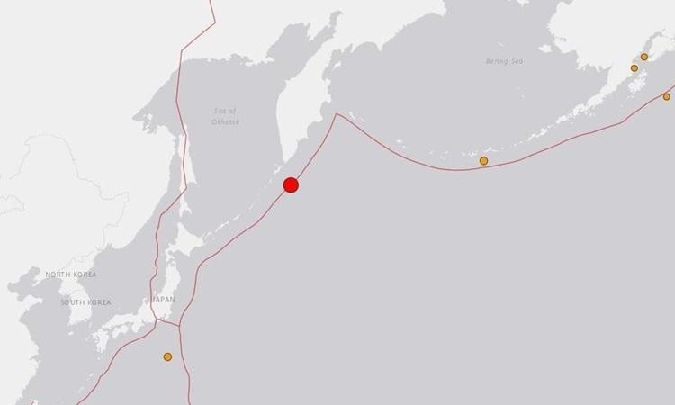 Vị trí xảy ra động đất (chấm đỏ) ở quần đảo Kuril của Nga hôm nay. Đồ họa: USGS.