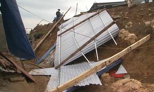 Mưa đá gây hư hỏng 1.000 căn nhà