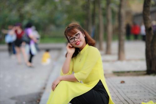 Cô Trần Thu Hoa, giáo viên tiếng Việt tại Hệ thống giáo dục Học Mãi.