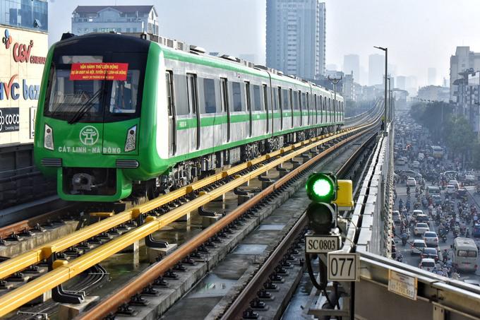 Tuyến đường sắt Cát Linh - Hà Đông phải lùi thời gian chạy thử do ảnh hưởng của dịch CoVid-19. Ảnh: Ngọc Thành.