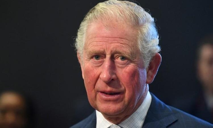 Thái tử Charles trong chuyến thăm Bảo tàng Vận tải London hôm 4/3. Ảnh: Reuters.