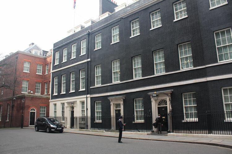 Tòa nhà ở số 10 phố Downing, London. Ảnh: RobertSharp.