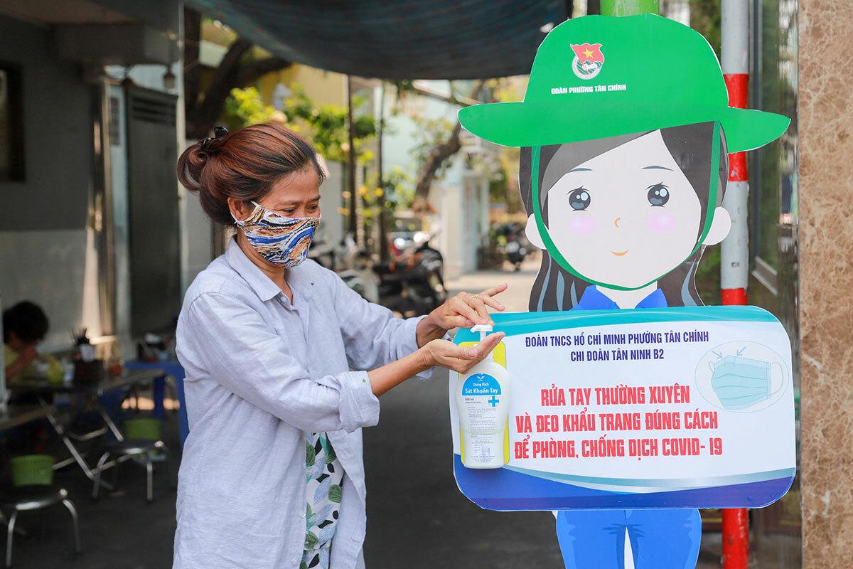Đà Nẵng bỏ quy định cách ly người từ địa phương có dịch