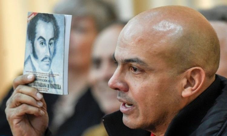 Cựu tướng Venezuela Cliver Alcala. Ảnh: AFP.