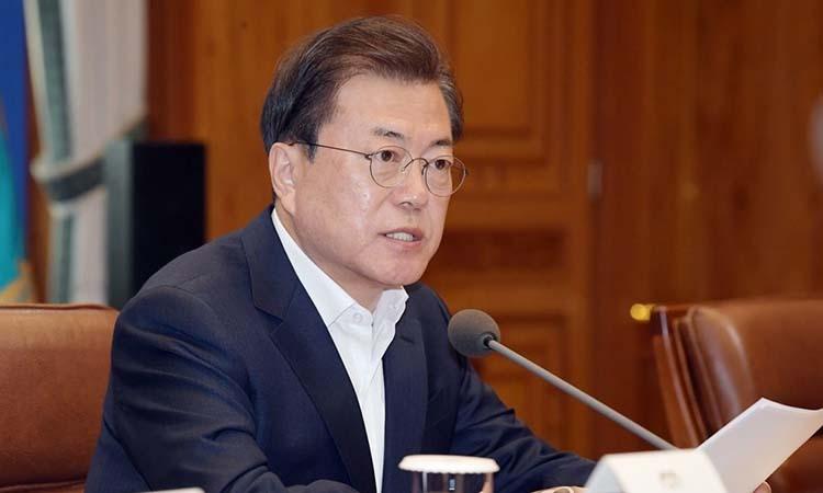 Tổng thống Hàn Quốc Moon Jae-in phát biểu tại cuộc họp ở Seoul hôm 24/3. Ảnh: Yonhap.