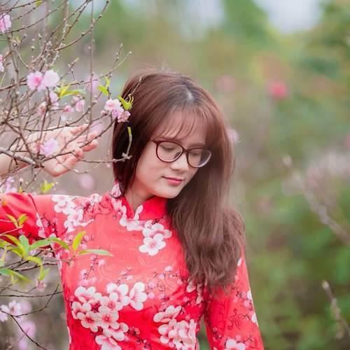 Cô Hương Omega, Giáo viên môn tiếng Anh, Hệ thống Giáo dục Học Mãichia sẻ cách tự học từ vựng tiếng Anh hiệu quả.