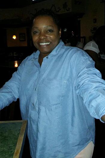 Tonya M. Thomas, con gái bàDorothy Johnson. Ảnh: NYTimes.