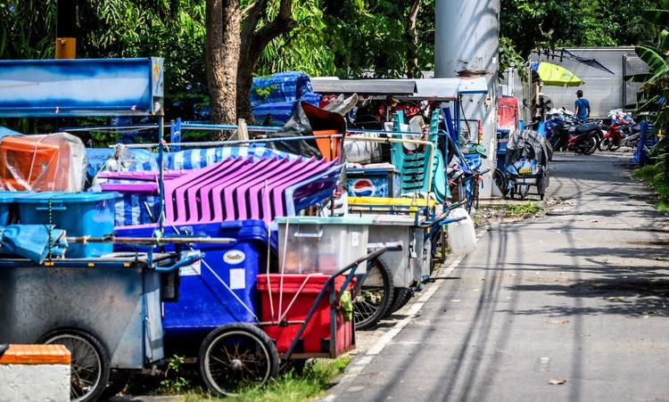 Hàng quán đường phố đóng cửa tại Bangkok, Thái Lan hôm 30/3. Ảnh: AFP.
