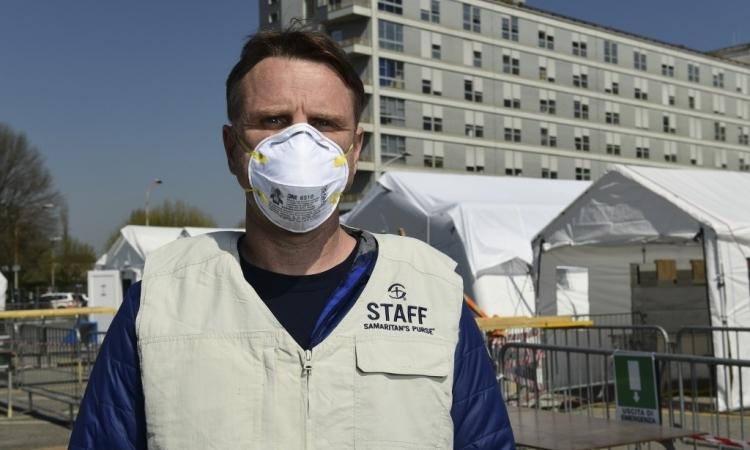 Gần 12.000 người ở Canada nhiễm nCoV