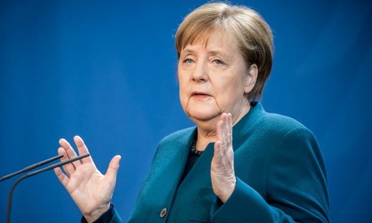 Thủ tướng Đức trở lại văn phòng làm việc