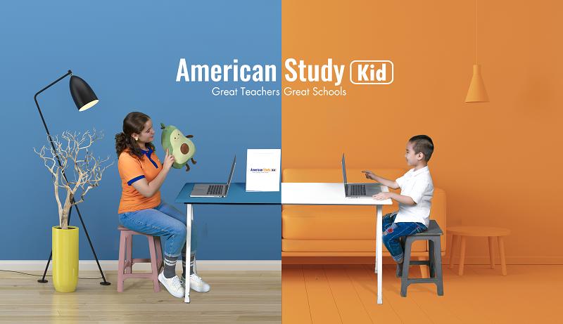 Học tiếng Anh trực tuyến giúp trẻ linh động trong giờ học, giao tiếp trực tiếp với giáo viên bản ngữ.