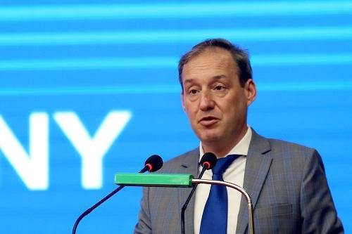 Ông Stephen Lysaght, Phó Đại sứ Vương quốc Anh. Ảnh: Gia Chính