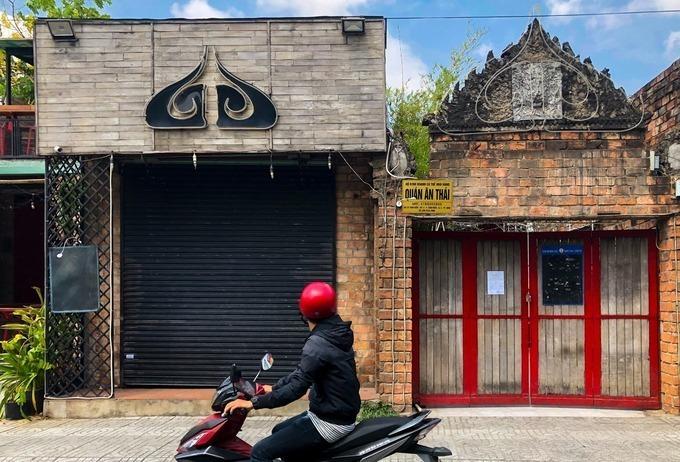 Buddha bar đã đóng cửa từ ngày 15/3 và được thực hiện vệ sinh khử khuẩn. Ảnh: Quỳnh Trần