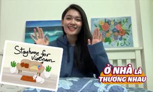 Á hậu Thùy Dung vẽ tranh điện tử