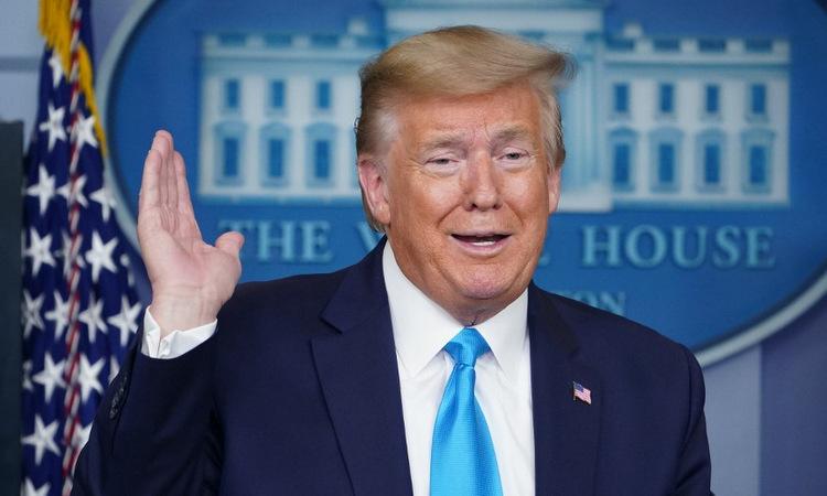 Trump trong cuộc họp báo tại Nhà Trắng hôm 7/4. Ảnh: AFP.