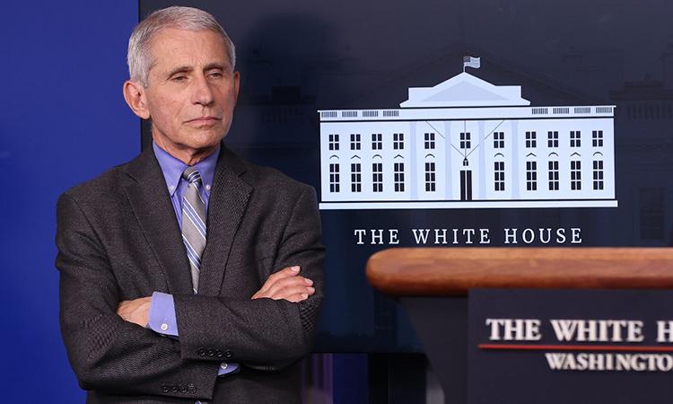 Giám đốc Viện Dị ứng và Bệnh truyền nhiễm Quốc gia Mỹ, tiến sĩ Anthony Fauci, trong cuộc họp bảo tại Nhà Trắng ngày 8/4. Ảnh: AFP.