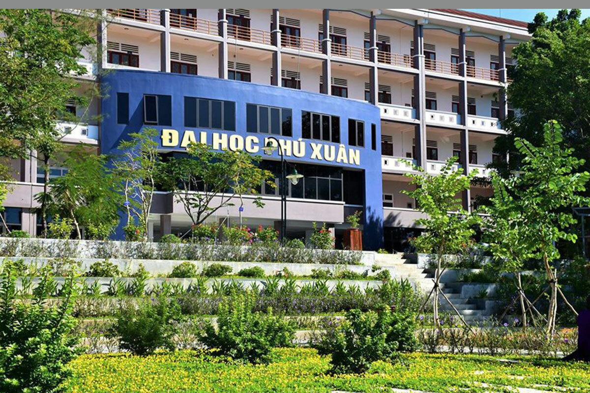 Trường đại học cho sinh viên nghỉ học tập trung đến tháng 8. Ảnh: Quang Minh