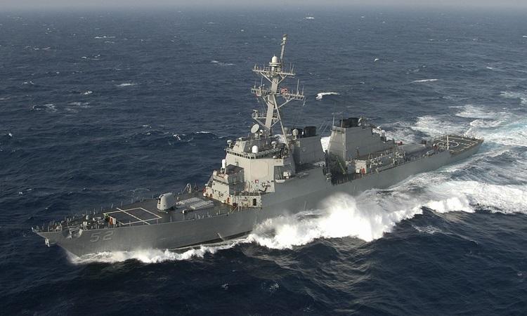 Tàu khu trục mang tên lửa dẫn đường USS Barry của Hải quân Mỹ. Ảnh: Wiki.