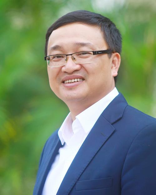 Thầy Đỗ Tuấn Minh.