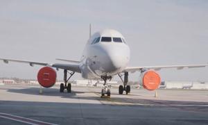 Quy trình 'đóng gói' máy bay mùa Covid-19