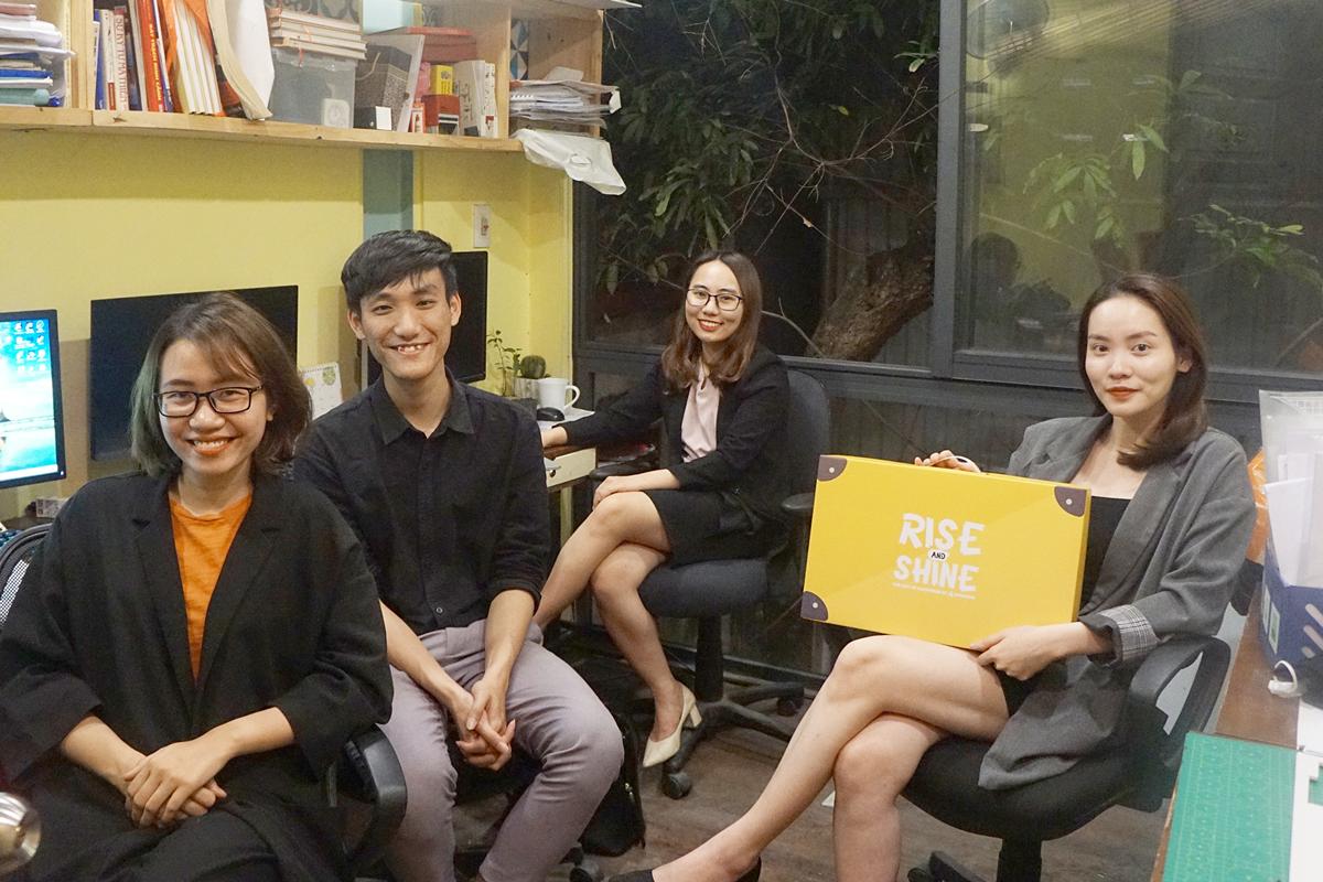 Nguyễn Phương Tú cùng ba nữ cộng sự khởi nghiệp với dự án giáo dục giới tínhWeGrow Edu.Ảnh: Nhân vật cung cấp