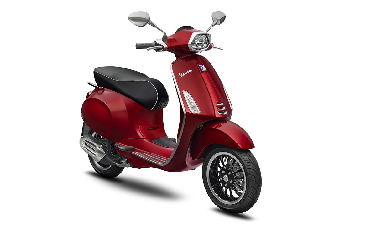 Sprint 2020 màu đỏ Scarlatto mới. Ảnh: Vespa.
