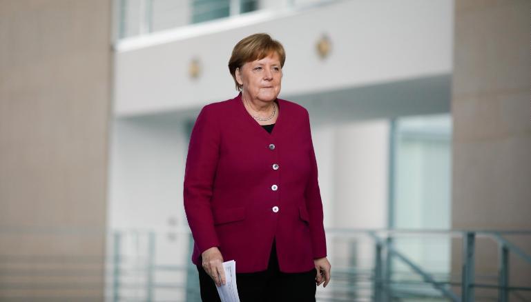 Thủ tướng Đức Angela Merkel trong cuộc họp tuyên bố các biện pháp chống Covid-19 ở Berlin hôm 9/4. Ảnh: AFP