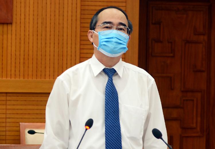 Bí thư Thành uỷ TP HCM Nguyễn Thiện Nhân phát biểu tại hội nghị Thành uỷ lần thứ 40. Ảnh: TTBC