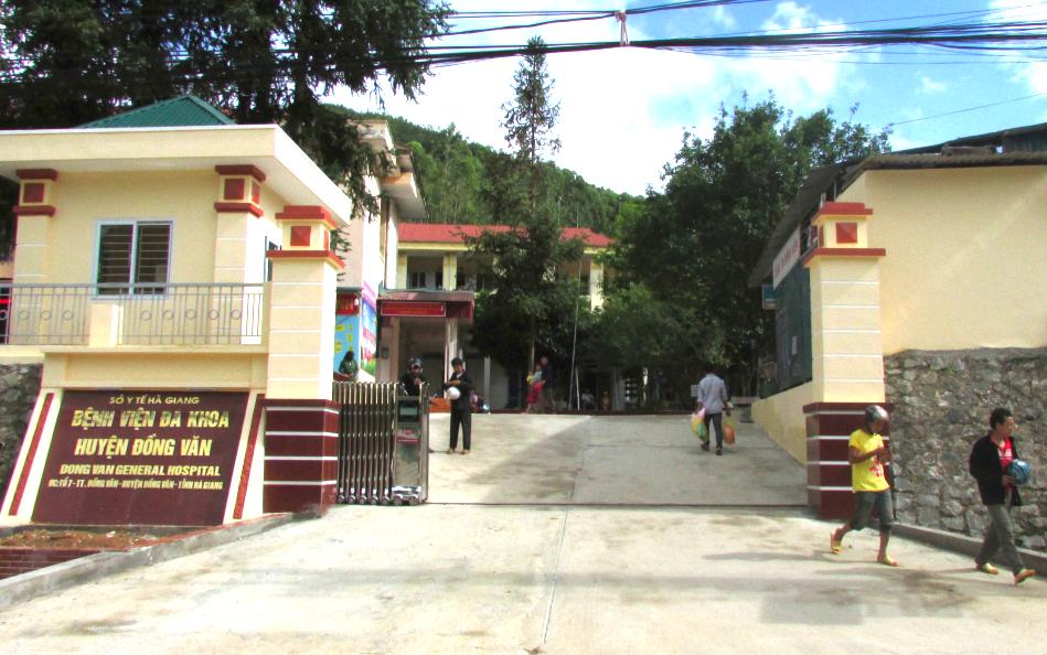 Bệnh viện Đa khoa huyện Đồng Văn đã tạm thời dừng tiếp nhận người dân đến khám. Ảnh: BVĐKĐV