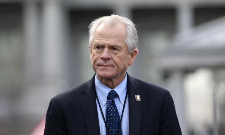 Cố vấn Nhà Trắng Peter Navarro tại một cuộc họp ở Nhà Trắng hồi tháng 3/2019. Ảnh: Reuters.