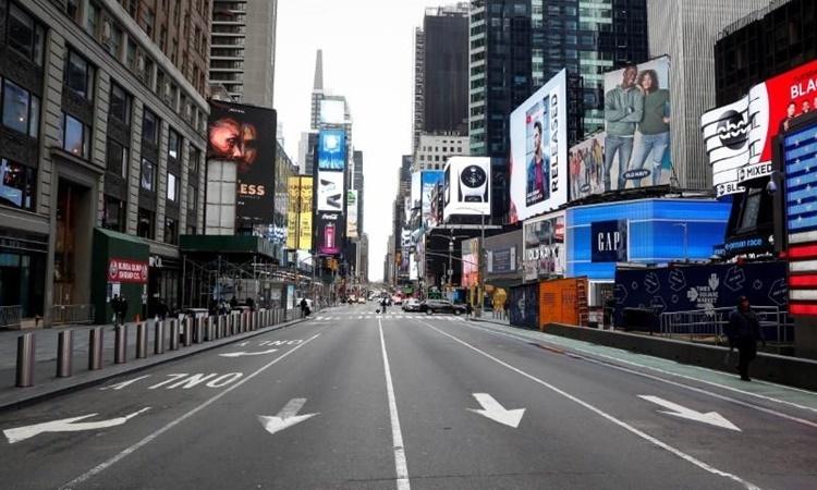 Quảng trường Thời đại ở New York ngày 19/3. Ảnh: Reuters.