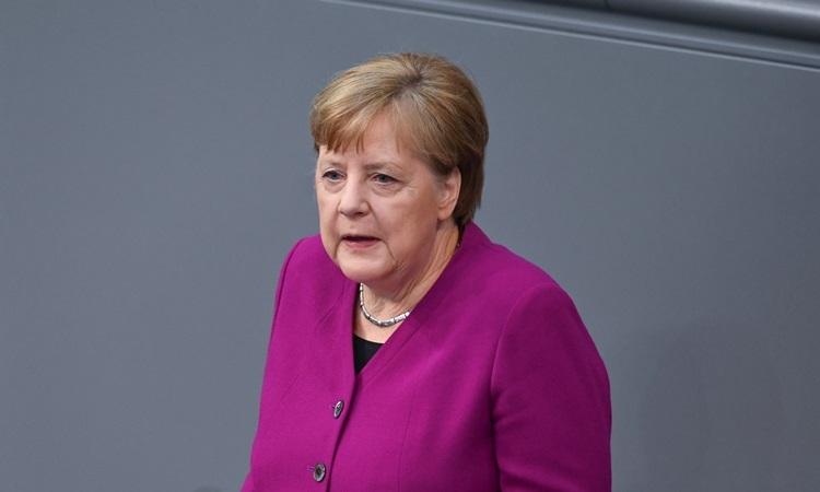 Thủ tướng Đức Angela Merkel phát biểu tại Hạ viện hôm nay. Ảnh: Reuters.
