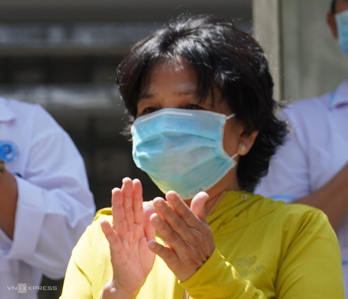 Bệnh nhân 36 xuất viện ngày 10/4. Ảnh: Việt Quốc.
