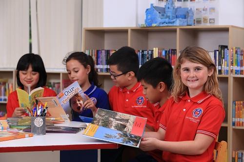 The American School đạt nhiều kiểm định chất lượng của các tổ chức quốc tế.