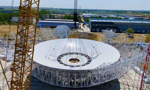 Lắp thiết bị nặng 2.700 tấn để nhận tín hiệu từ sao Hỏa