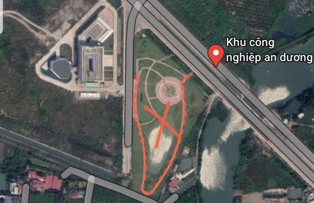 Mô hình đường lưỡi bò phía trước tòa nhà điều hành của Công ty Thâm Việt tại khu công nghiệp An Dương. Ảnh: Google Map.