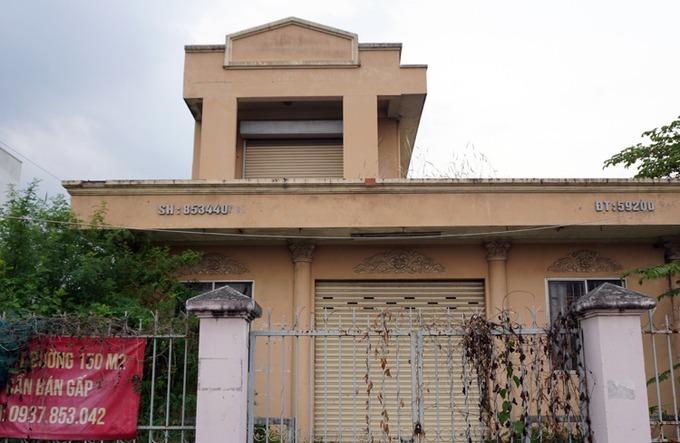 Bưu điện Cầu Voi - hiện trường vụ án bị bỏ hoang nhiều năm qua. Ảnh: Hoàng Nam.