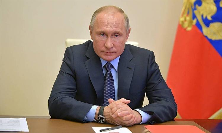 Tổng thống Nga Vladimir Putin tại cuộc họp qua cầu truyền hình ngày 29/4. Ảnh: TASS.
